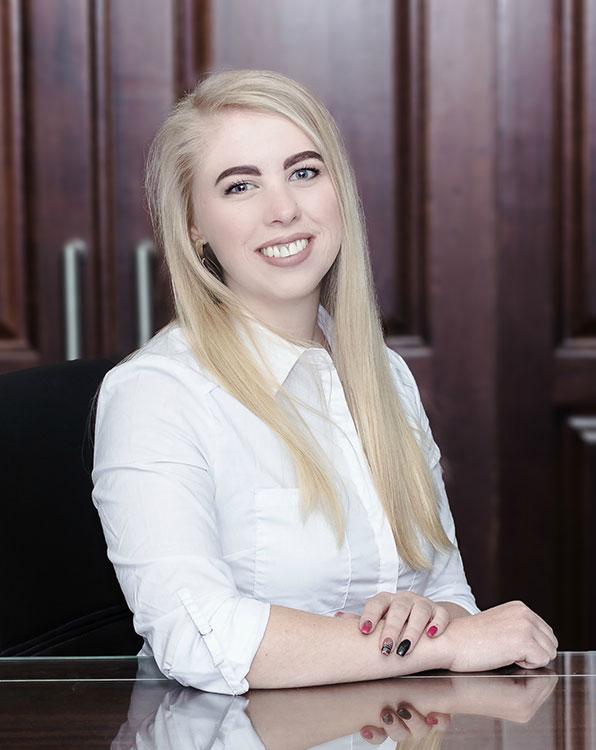 Anri Kluever Candidate Attorney